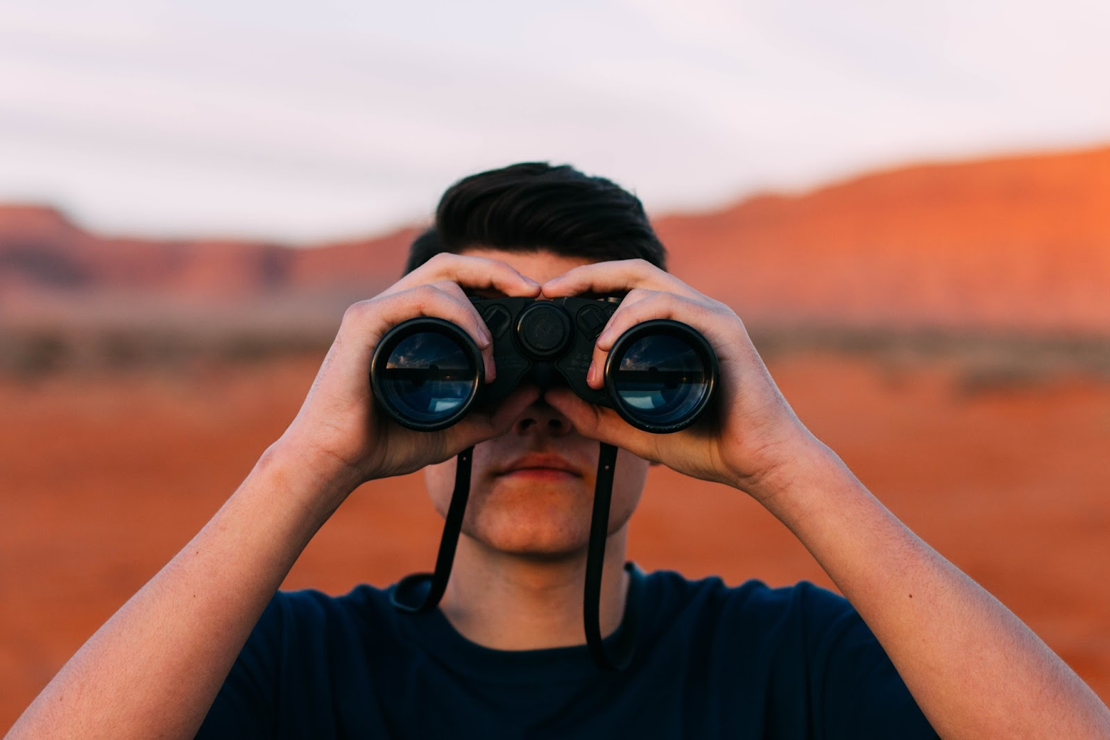 6 competitor tracking tools you need to know