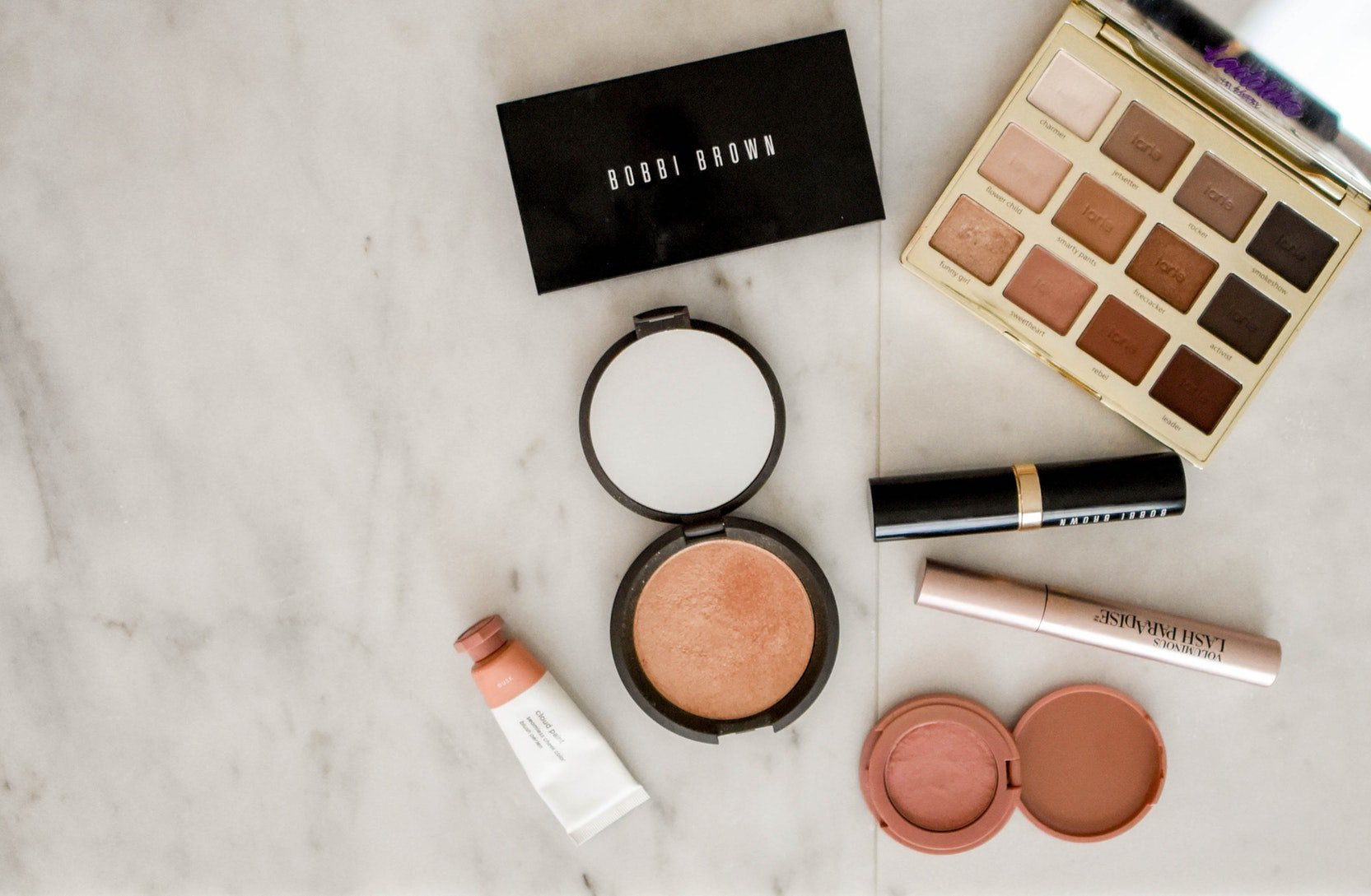 Consumer Trends: How to Dazzle Beauty Enthusiasts with your Brand