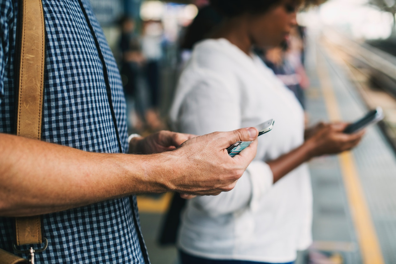The Connected Consumer: A World Survey 2018